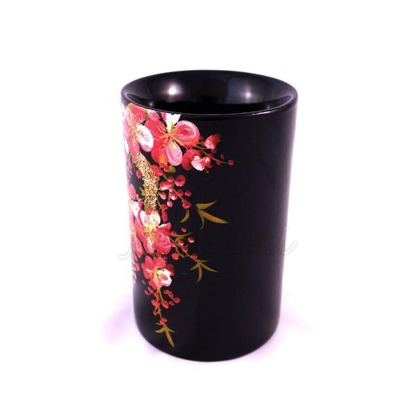 Pot à crayons laqué noir motif fleurs roses