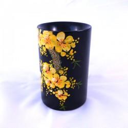 Pot à crayons laqué noir motif fleurs jaunes