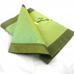 Chemin de table en taffetas de soie vert