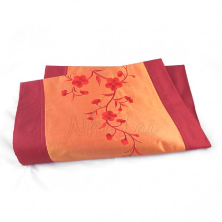 Chemin de table en taffetas de soie orange