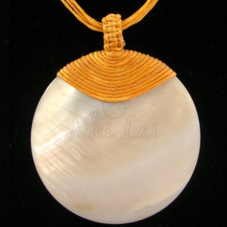 Pendentif nacre collier orange