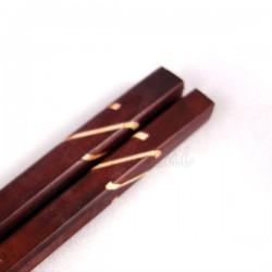 Baguettes asiatiques carrées marron Dua